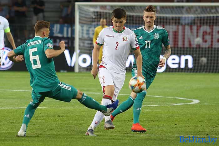 футболисты в Беларуси