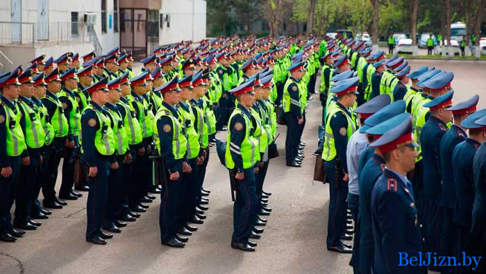 павышэнне зарплаты міліцыі